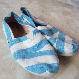 Toms Summer Slip on shoes 8.5